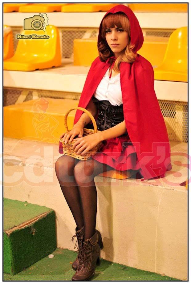 crossplay_country_lolita___red_hood_ii_by_takatomatsuki-d5np1yge08d4.jpg